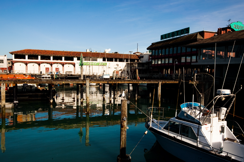 Walking the piers at Fisherman's Wharf