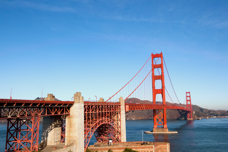 The Golden Gate Bridge in the morning