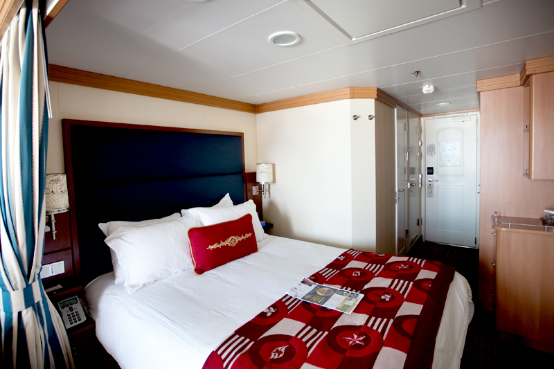 Stateroom aboard the Disney Dream