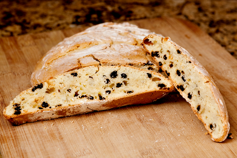 Irish Soda Bread with Orange and Currants