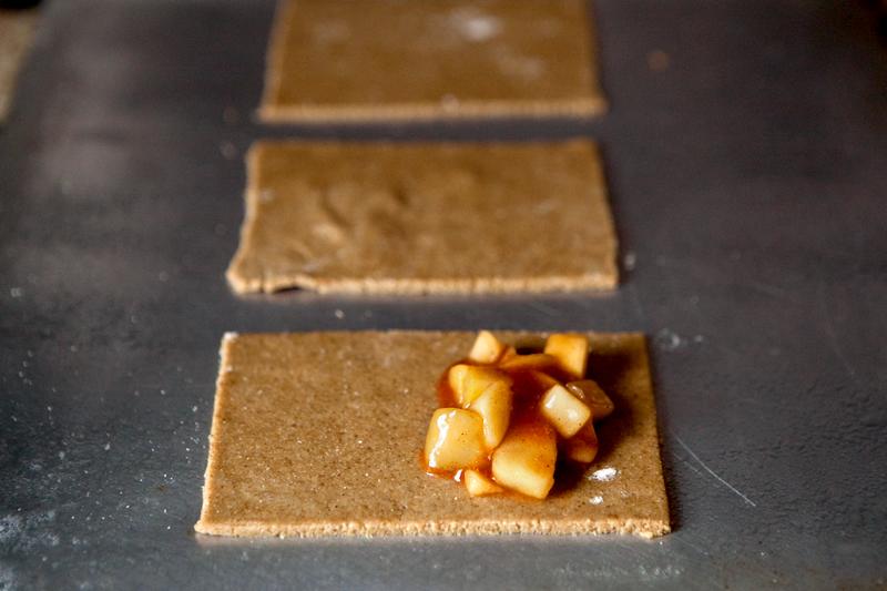 A healthier pop-tart. Apple cinnamon filling with an oat bran flour crust.