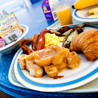 Disney Magic Cruise | Eastern Caribbean | Breakfast at Topsiders Buffet