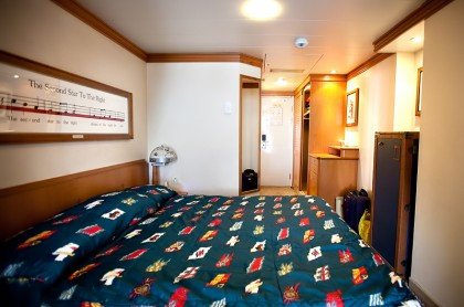 disney-magic-stateroom-photos-3