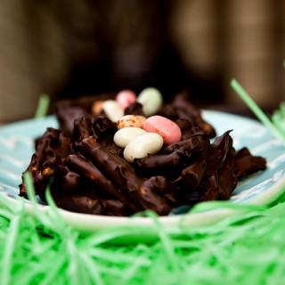 Chocolate Pretzel Bird Nests for Easter