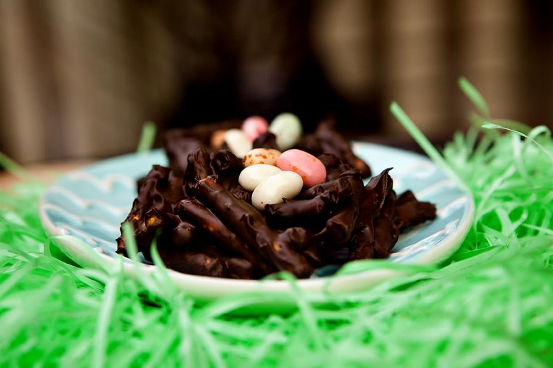 chocolate-pretzel-bird-nests-for-easter-5