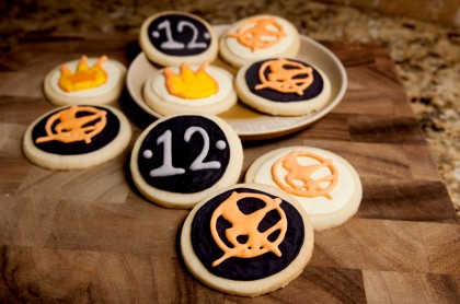 hunger-games-decorated-cookies-7