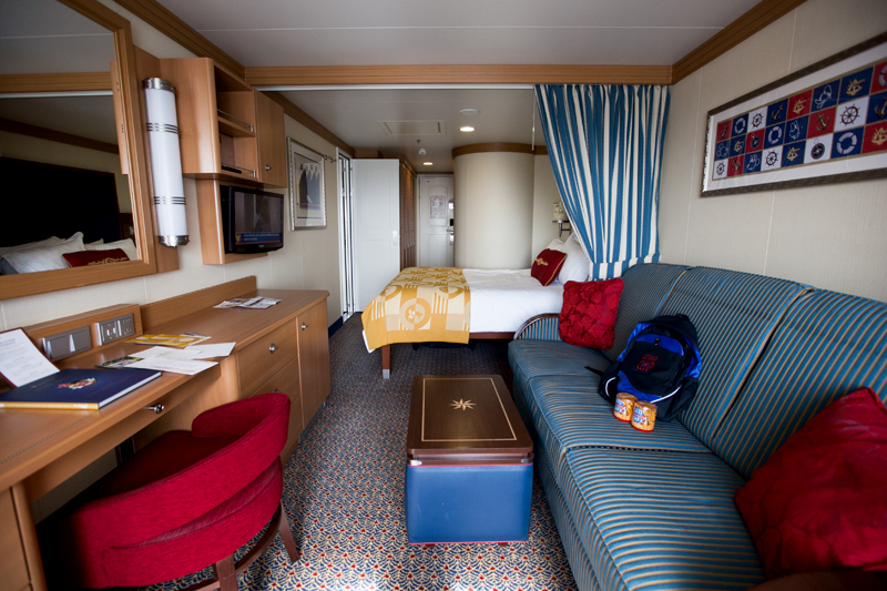 disney-fantasy-cruise-western-caribbean-stateroom-deck-9-05