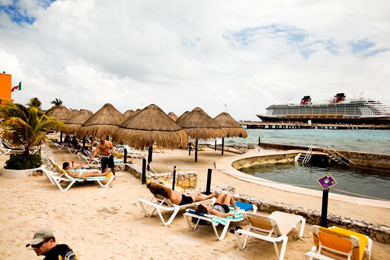 disney-fantasy-cruise-western-caribbean-costa-maya-port-14