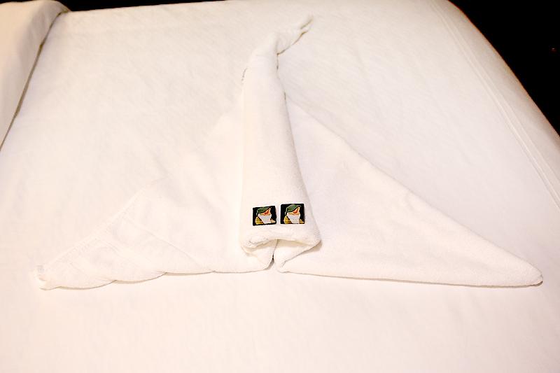 disney stingray towel animal