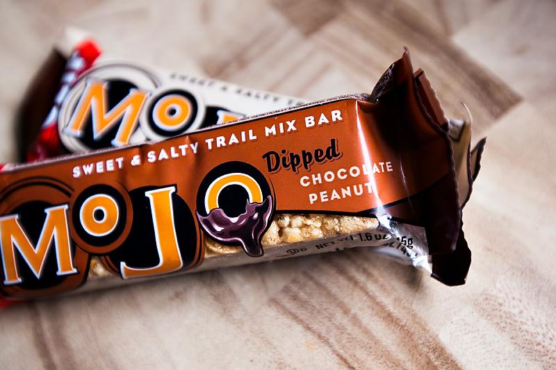 clif-mojo-dipped-chocolate-peanut-01