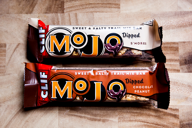 clif-mojo-dipped-sweet-and-salty-trail-mix-bars-01