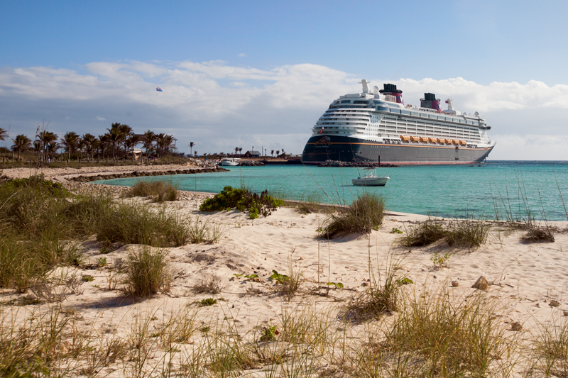 disney cruise ship at castaway cay