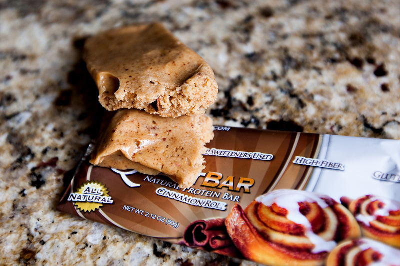 quest-protein-bar-cinnamon-roll-review-3