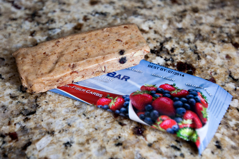 quest-protein-bar-mixed-berry-bliss-review-1