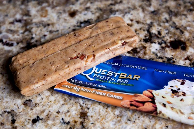 quest-protein-bar-vanilla-almond-crunch-review-1