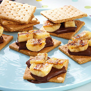 healthier-grilled-banana-s'mores