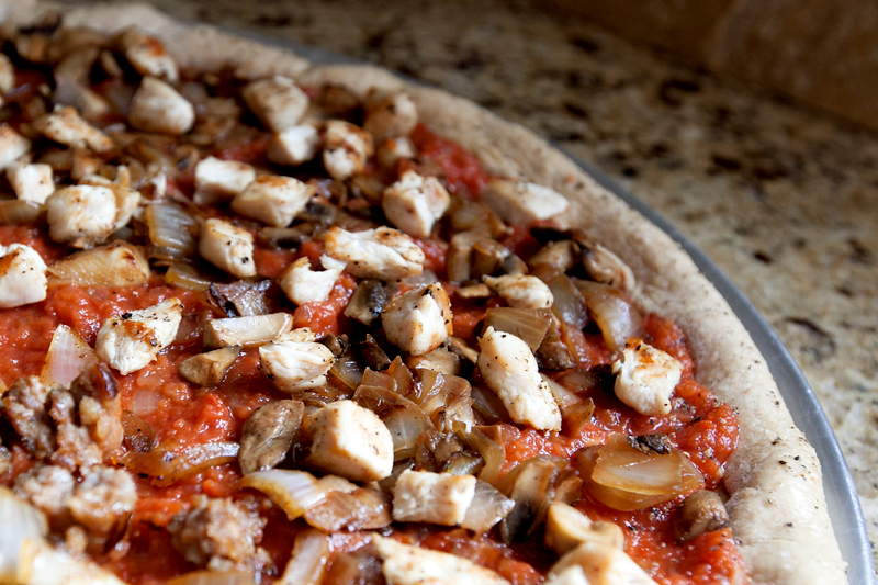 homemade-pizza-recipe-with-easy-pizza-dough-05