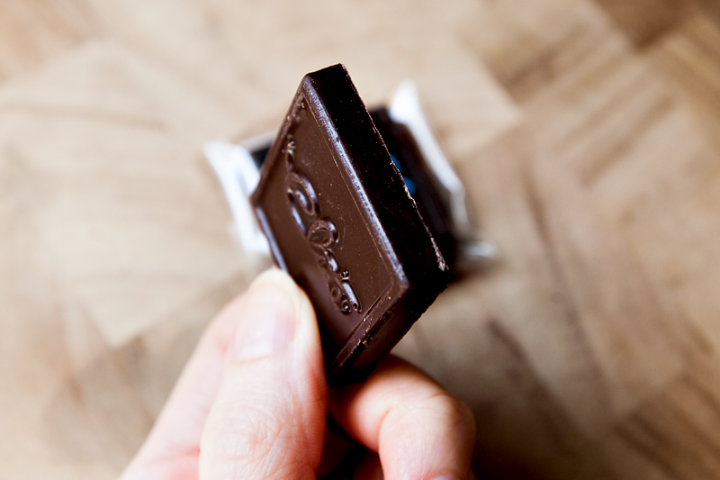 review-of-elite-gourmet-chocolate-04
