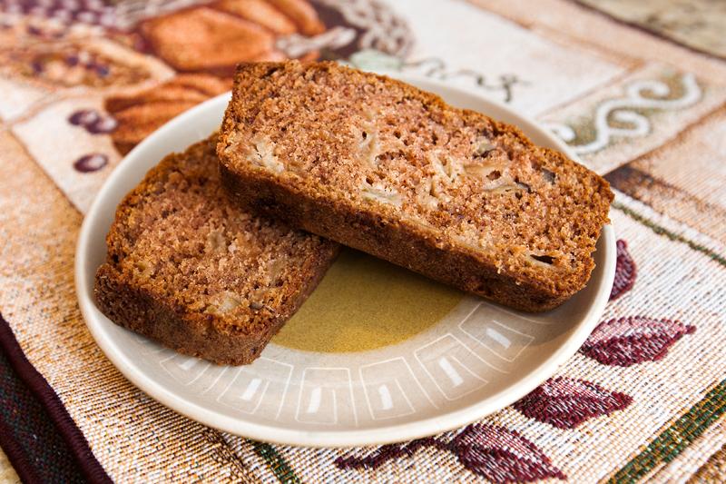 spiced-apple-cinnamon-bread