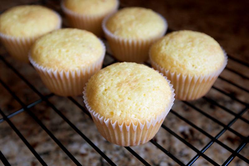 citrus-olive-oil-muffins-03