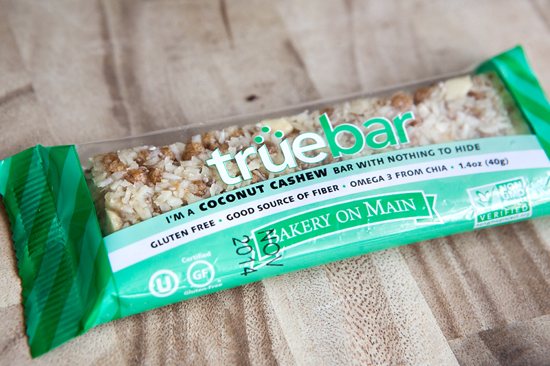 bakery-on-main-truebar-coconut-cashew-01