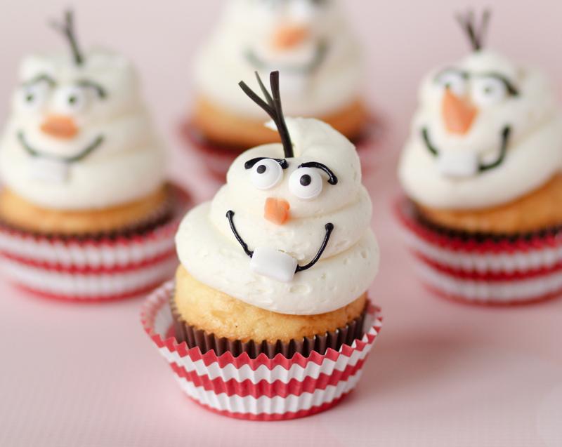 disney-frozen-olaf-cupcakes