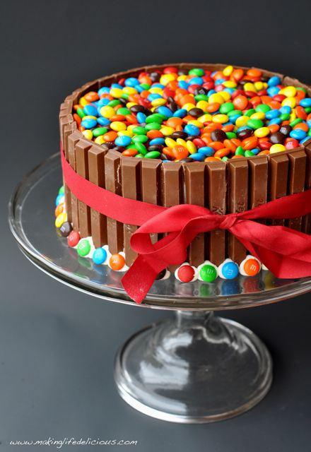 kit-cake-m&m-cake