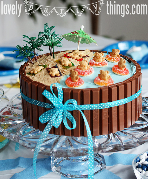 Beach Theme Party Decorating Ideas Part - 45: Kit-kat-beach-party-cake-teddy-grahams-fruit-