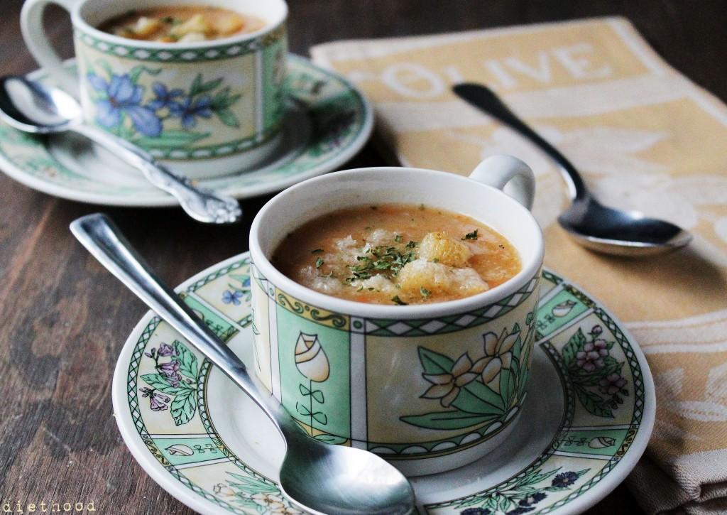 slow-cooker-potato-leek-soup