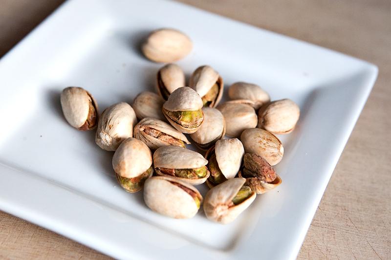 graze-box-mississippi-bbq-pistachio