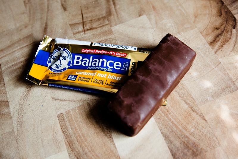 balance-bar-caramel-nut-blast-bar-review-02