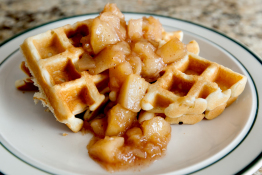 krusteaz-breakfast-for-dinner-cinnamon-apple-waffles-05