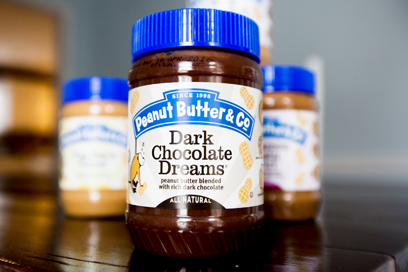 peanut-butter-and-co-dark-chocolate-dreams-review-01