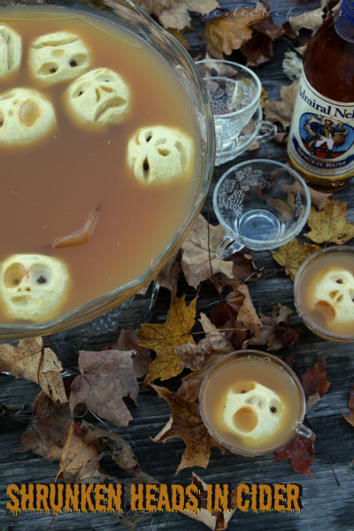 halloween-party-drink-shrunken-apple-heads-in-punch