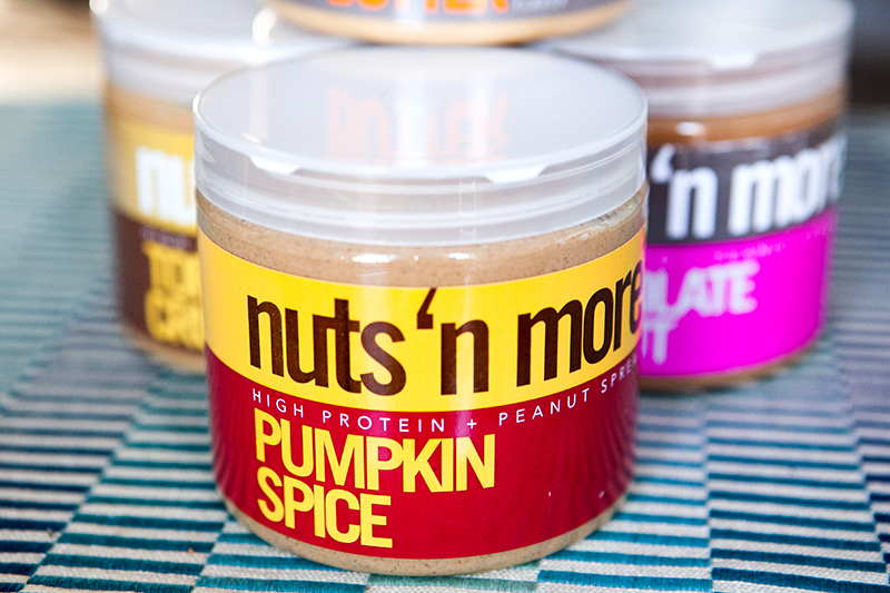 nuts-n-more-protein-pumpkin-spice-peanut-butter-review-01