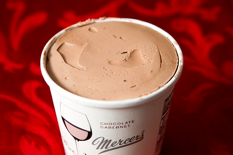 mercer's-wine-ice-cream-chocolate-cabernet-review-02