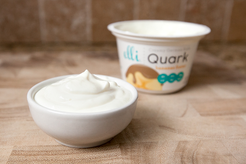 elli-quark-yogurt-cheese-bananas-foster-review-02