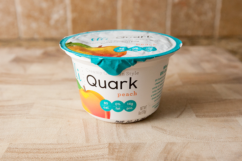 elli-quark-yogurt-cheese-peach-review-01