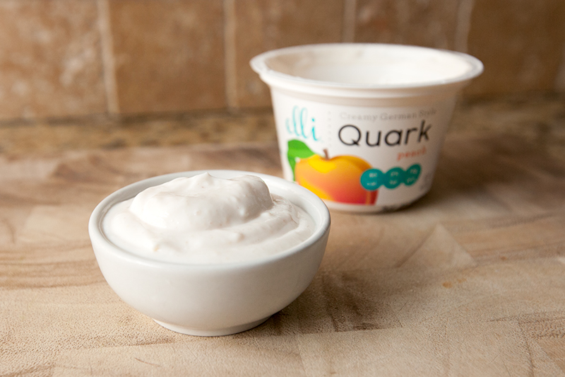 elli-quark-yogurt-cheese-peach-review-02