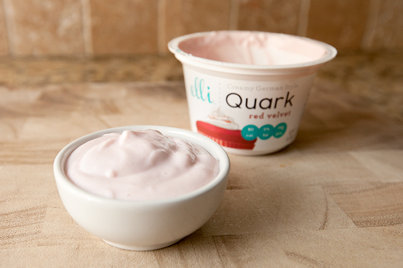 elli-quark-yogurt-cheese-red-velvet-review-02