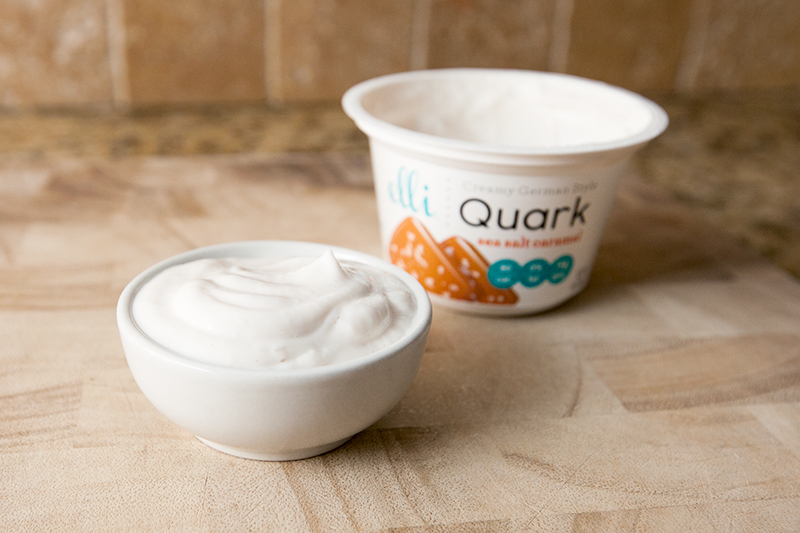 elli-quark-yogurt-cheese-sea-salt-caramel-review-02