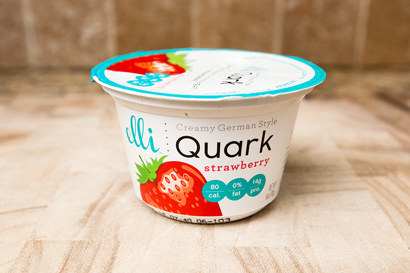 elli-quark-yogurt-cheese-strawberry-review-01