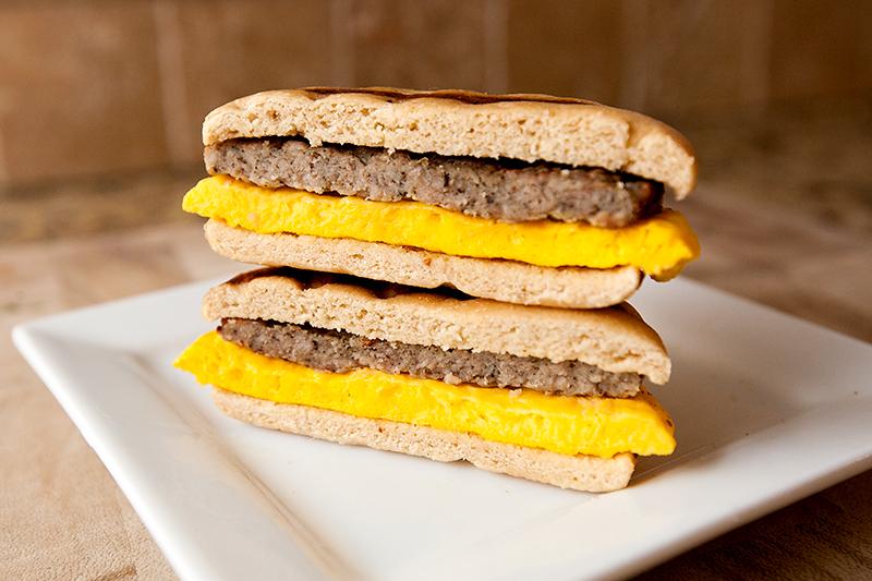 vitalicious-vitaegg-breakfast-sandwiches-turkey-sausage-review-04