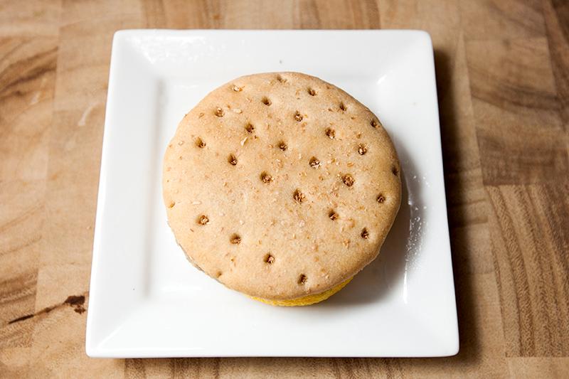 vitalicious-vitaegg-breakfast-sandwiches-veggie-sausage-review-02