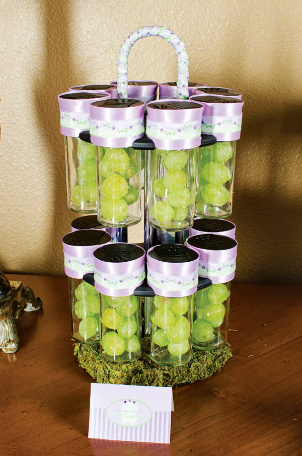 disney-princess-tiana-party-food-ideas-dusted-grapes
