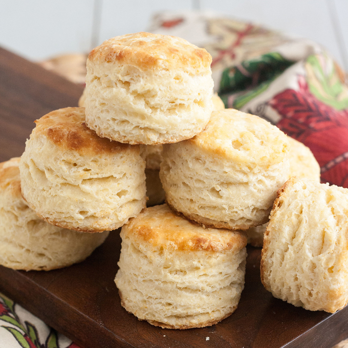 fluffy-buttermilk-biscuits