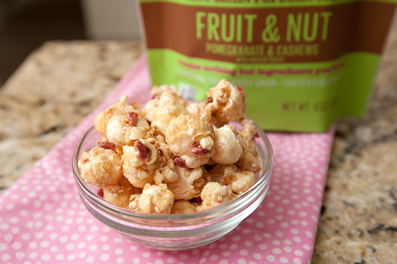boom-chicka-bites-fruit-and-nut-review-01