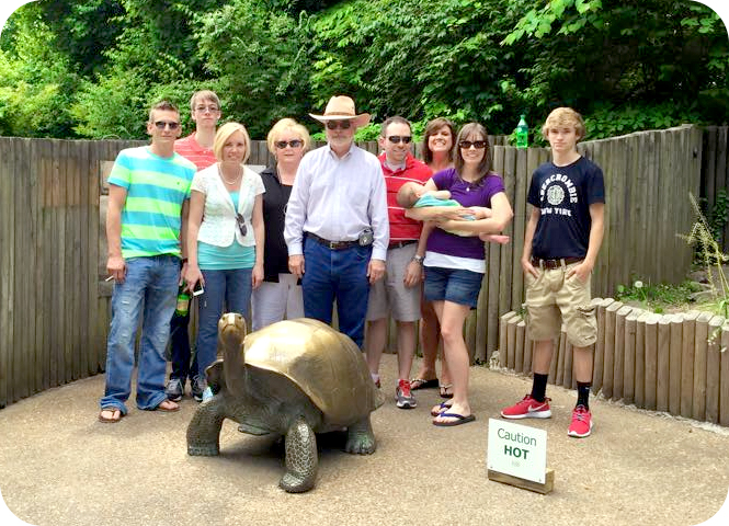 fsmily-at-knoxville-zoo