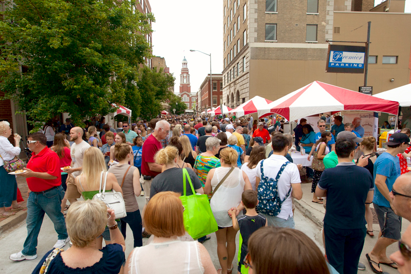 knoxville-tennessee-international-biscuit-festival-2015-crowds
