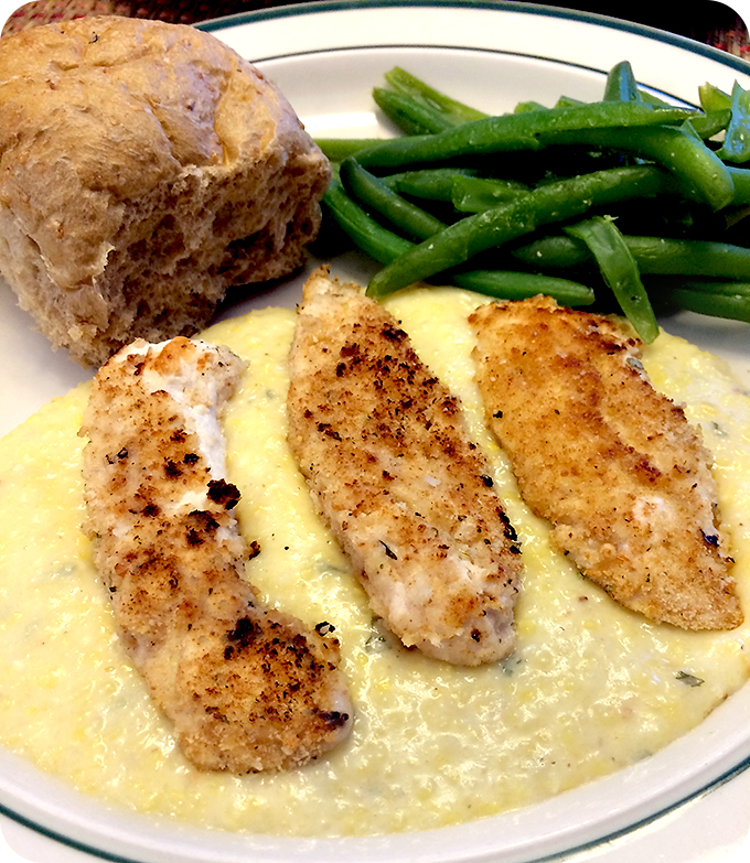pan-seared-chicken-with-cheesy-polenta-wheat-rolls-green-beans